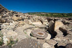 igure 4. Nuraghe Barumini. The circular seat (Turkish SEKI) gives the impression
